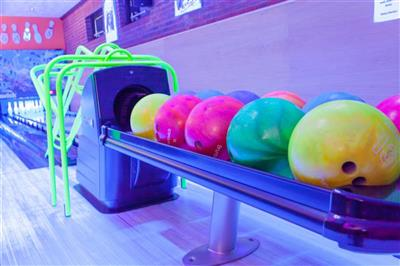 <h1>Children's Bowling Competition</h1>